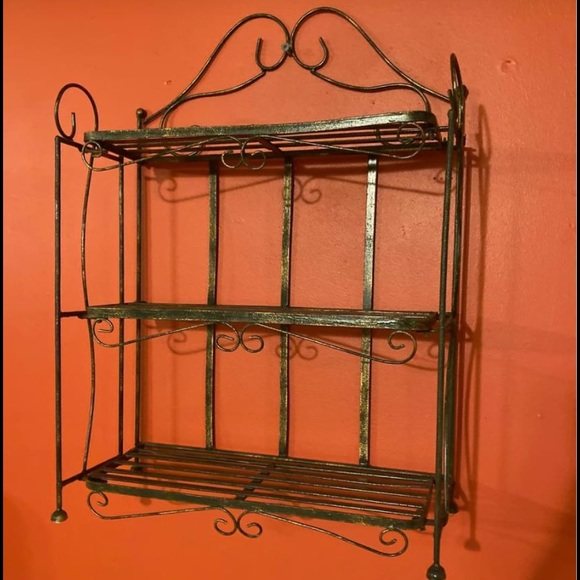 Wrought iron collapsable 3 tier shelf wall/ table